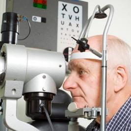 exames de vista e olfato